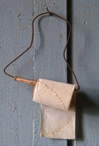 toilet-paper-1933566_1920